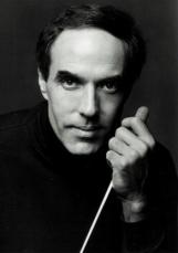Maestro Ray Fowler
